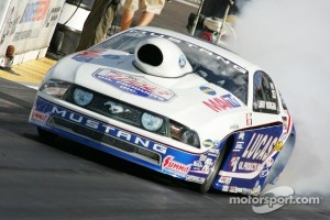 Larry Morgan , Lucas Oil Ford Mustang
