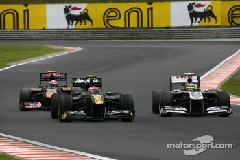 Jarno Trulli, Team Lotus and Pastor Maldonado, AT&T Williams