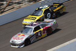 Brian Vickers, Red Bull Racing Team Toyota and Marcos Ambrose, Petty Motorsport Ford