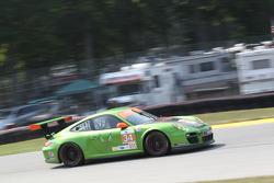 #34 Green Hornet/Black Swan Porsche 911 GT3: Peter LeSaffe, Andrew Davis