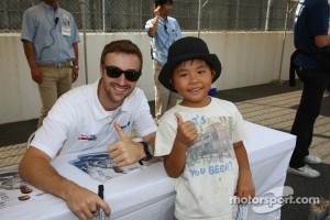 James Hinchcliffe and young fan