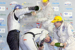 P2 podium: champagne celebrations