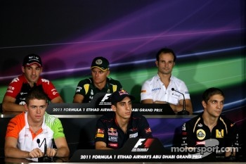 Timo Glock, Virgin Racing, Heikki Kovalainen, Team Lotus, Vitantonio Liuzzi, HRT F1 Team, Paul di Resta, Force India F1 Team, Sebastien Buemi, Scuderia Toro Rosso and Vitaly Petrov, Lotus Renalut F1 Team