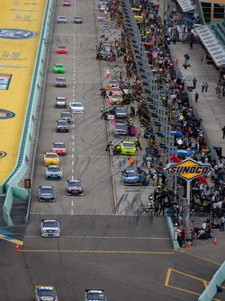 Carl Edwards, Roush Fenway Racing Ford and Martin Truex Jr., Michael Waltrip Racing Toyota lead the field as they go back on track