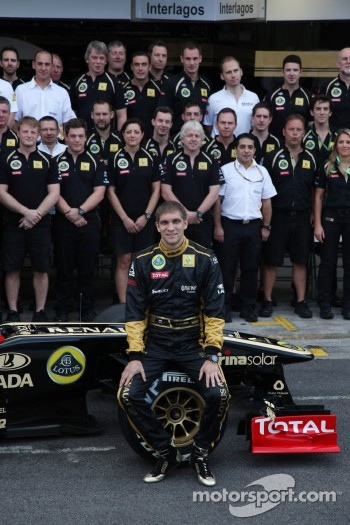 Vitaly Petrov, Lotus Renault GP