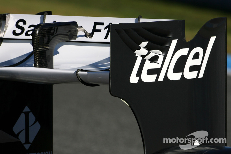 Technical detail, rear wing - Sauber C31 Ferrari Launch