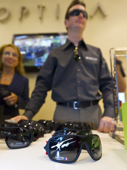 Kurt Busch, Phoenix Racing Chevrolet eyewear event