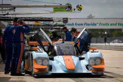 #28 Gulf Racing Middle East Lola B12/60 Coupe Nissan: Fabien Giroix, Maxime Jousse, Jan Charouz