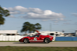 #121 Ford GT40