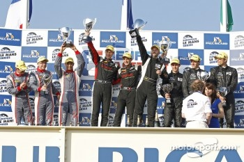 Podium: winners Mathias Beche, Pierre Thiriet, second place Stéphane Sarrazin, Nicolas Minassian, Nicolas Marroc, third place Yelmer Buurman, Alexander Sims, Dean Stirling