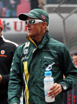 Heikki Kovalainen, Caterham F1 Team on the drivers parade