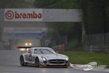 #19 Black Falcon Mercedes-Benz SLS AMG GT3: Riccardo Brutschin, Jerome Thiry, Oliver Murley