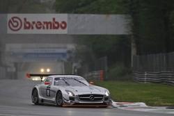 #19 Black Falcon Mercedes-Benz SLS AMG GT3: Riccardo Brutschin, Jerome Thiry, Oliver Murley