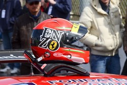 Enzo Ide's helmet