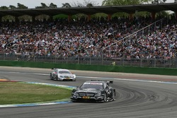 Gary Paffett, Team HWA AMG Mercedes, AMG Mercedes C-Coupe and Jamie Green, Team HWA AMG Mercedes, AMG Mercedes C-Coupe