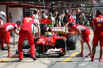 Felipe Massa, Ferrari in the pits