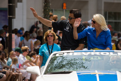 Indy 500 festival parade: Graham Rahal, Service Central Chip Ganassi Racing Honda