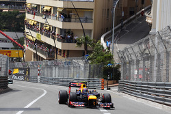 Mark Webber, Red Bull Racing leads the race
