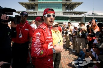 Race winner Dario Franchitti, Target Chip Ganassi Racing Honda
