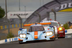 #29 Gulf Racing Middle East Lola B12/60 Coupe Nissan: Keiko Ihara, Jean-Denis Deletraz, Steve Quick