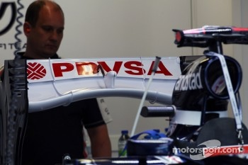 Williams FW34 rear wing