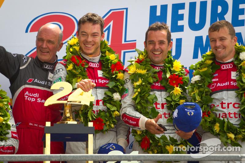 LMP1 podium: class and overall winners Marcel Fässler, Andre Lotterer, Benoit Tréluyer with Dr. Wolfgang Ullrich