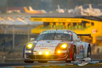 #67 IMSA Performance Matmut Porsche 911 RSR: Anthony Pons, Raymond Narac, Nicolas Armindo