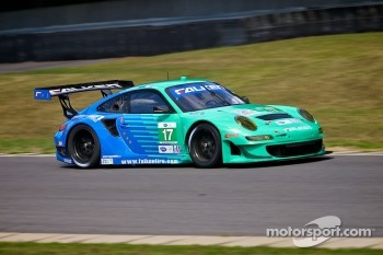 #17 Team Falken Tire Porsche 911 GT3 RSR: Bryan Sellers, Wolf Henzler