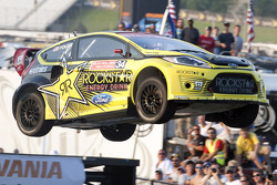 RALLY: Tanner Foust