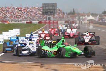 Sébastien Bourdais, Dragon Racing Chevrolet, James Hinchcliffe, Andretti Autosport Chevrolet, Will Power, Verizon Team Penske Chevrolet