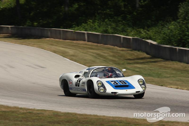 #39 1966 Porsche 910: John Higgins