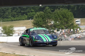 #29 1972 Porsche 911s: Roger Johnson 