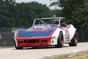 #73 1969 Corvette: Harry Dinwiddie
