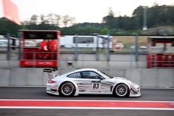 #83 SMG Challenge Porsche 997 GT3 R: Philippe Gache, Eric Clement, Olivier Pla