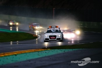 Safety Car Period due to weather