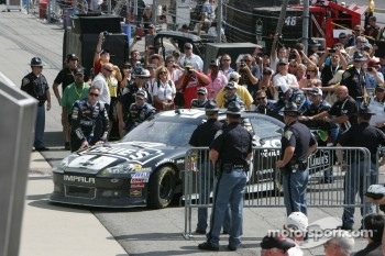 Victory lane: winner Jimmie Johnson, Hendrick Motorsports Chevrolet