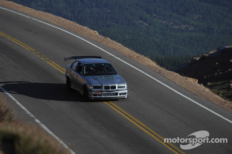 #13 BMW M3 electric: Michael Bream