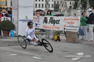 Alex Zanardi competing in a handbike race