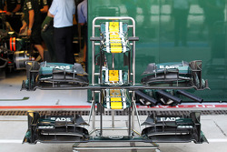 Caterham front wings