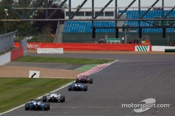 F3 cars down the international straight