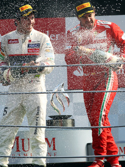 Podium: third place Fernando Alonso, Ferrari, second place Sergio Perez, Sauber