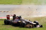 Jean-Eric Vergne, Scuderia Toro Rosso crashes out of the race