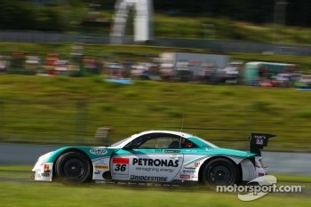 #36 Lexus Team Petronas Tom's Lexus SC430: Kazuki Nakajima, Loic Duval