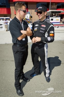 AJ Allmendinger visits his IndyCar friends in Fontana, chats with Oriol Servia.