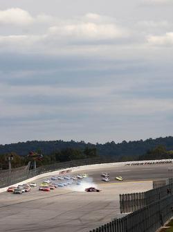 Kurt Busch, Phoenix Racing Chevrolet spins