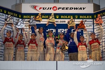 Overall podium: winners Alexander Wurz, Nicolas Lapierre, Kazuki Nakajima, second place Marcel Fssler, Benoit Trluyer, Andre Lotterer, third place Tom Kristensen, Allan McNish