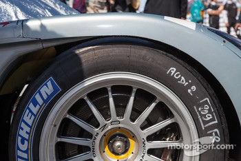 Brakes and tire on #2 Audi R18 e-tron quattro