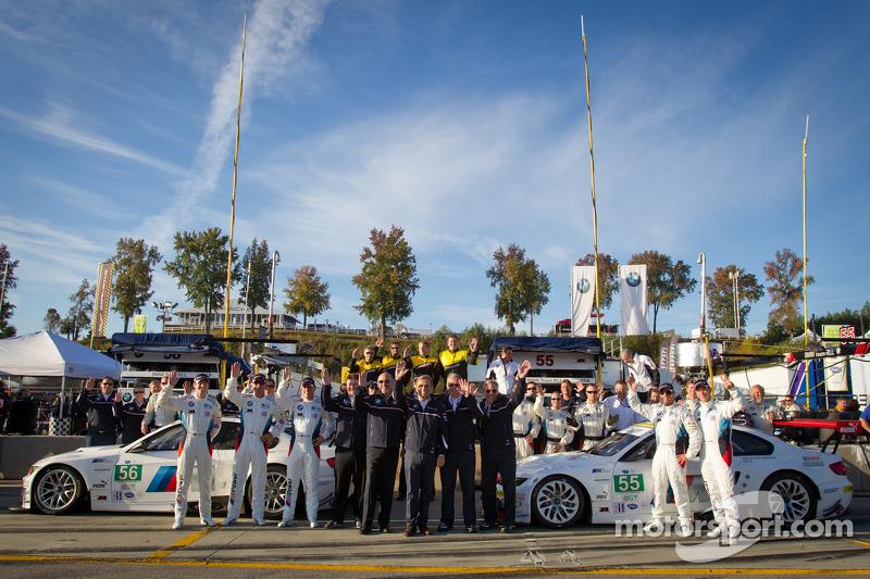 BMW Team RLL photoshoot: Bill Auberlen, Jorg Muller, Jonathan Summerton, Dirk Muller, Uwe Alzen, Jonathan Summerton