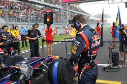 Red Bull Racing of Sebastian Vettel, Red Bull Racing on the grid