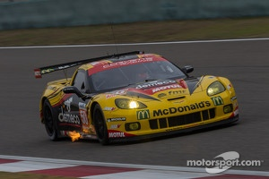 #50 Larbre Competition Chevrolet Corvette C6-ZR1: Patrick Bornhauser, Julien Canal, Pedro Lamy